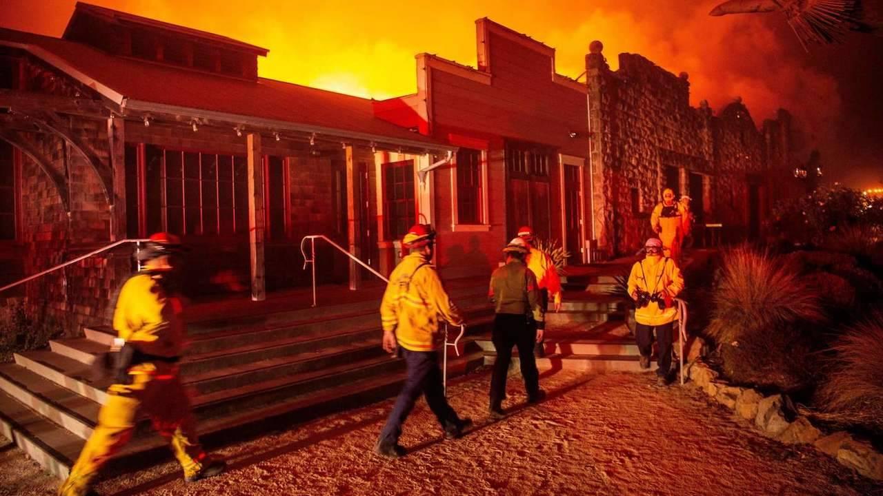 Les companyies elèctriques i els focs de Califòrnia